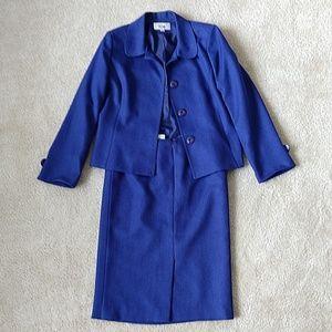 Blue 2 piece business suit